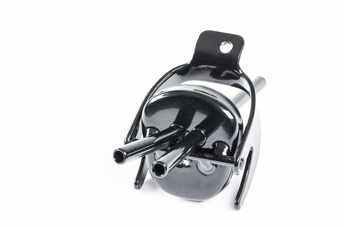 Metālisks adapteris degvielas kannai divas caurulītes