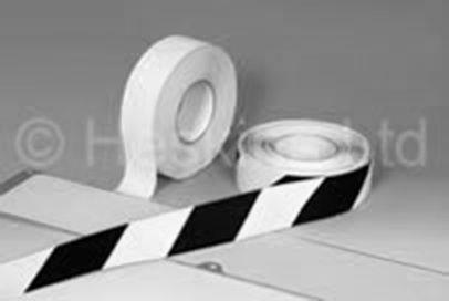 balta fotoluminiscējoša lente
