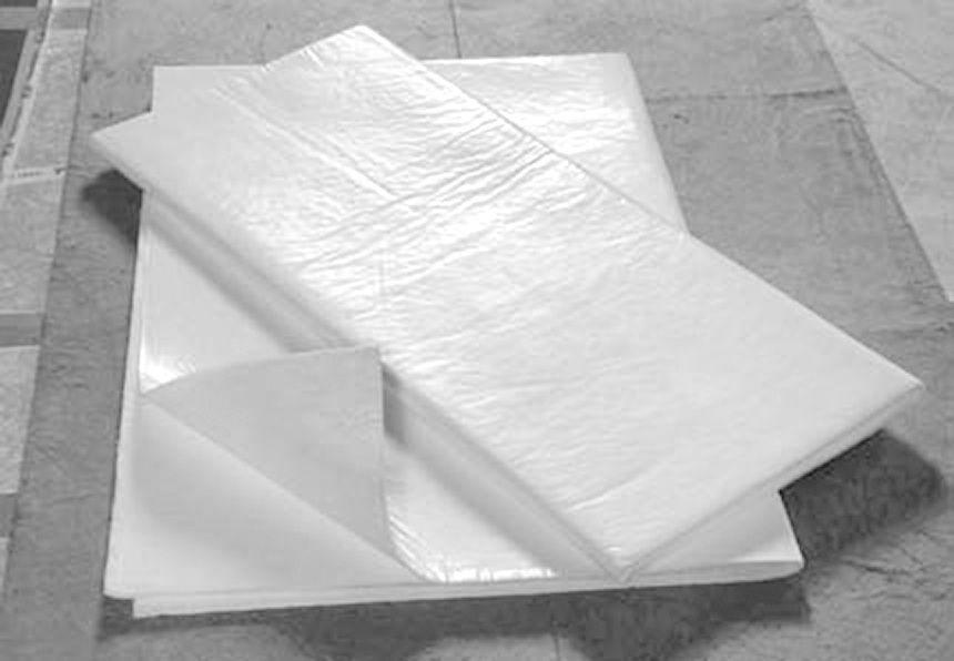 balts hidrofobs absorbējošs paklājs rullī 2