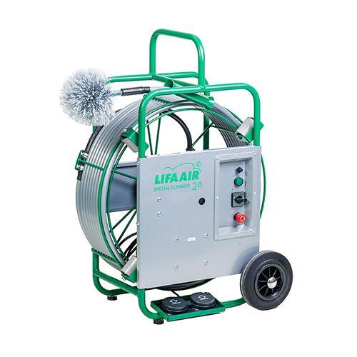 Zaļa iekārta tīrīšanai ar birsti