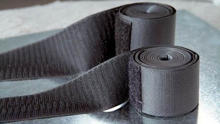 melns karstumizturīgs cauruļu labošanas līdzeklis