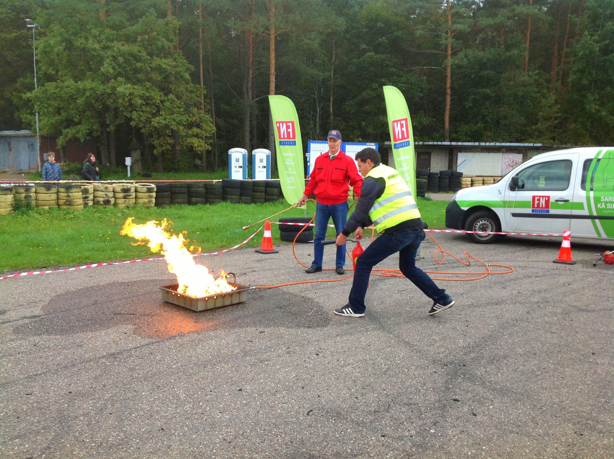 fnserviss_zebra_gada jaunais autovaditajs_Rigas pusfinals