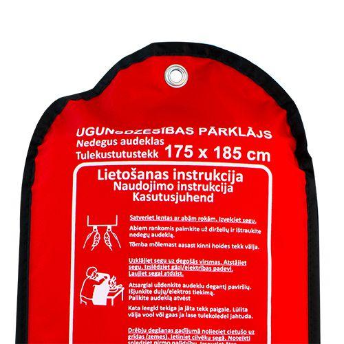 Sarkana soma ar ugunsdzēsības pārklāju pietuvināts 175